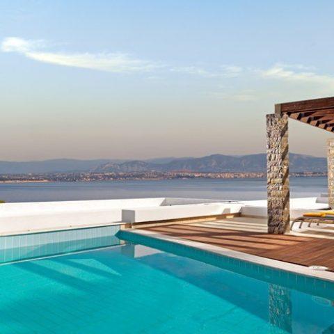 מלון לוטראקי- יוון